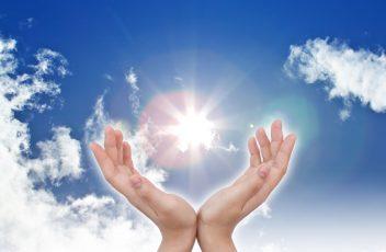 11193356 - hands on sky